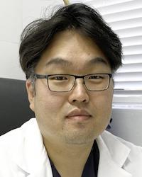 Dr Michael Chang